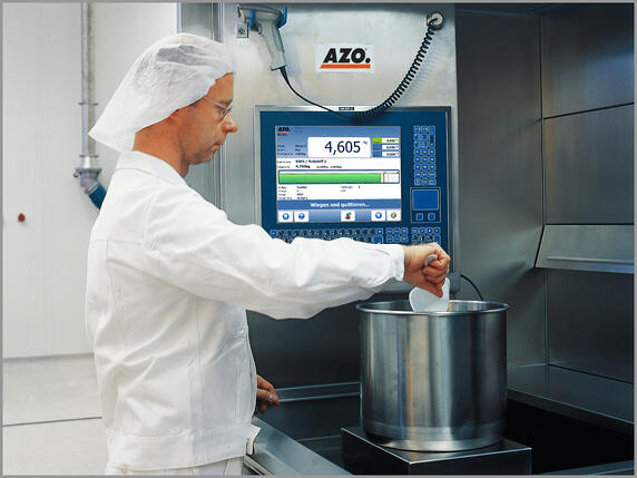 AZO ManDos computer-assisted manual dosing station